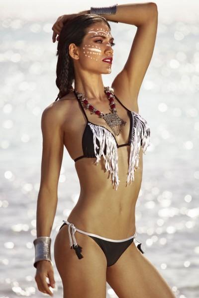 Bikini a triangolo da donna tinta unita con frange e bordini in contrasto Sweet Years.