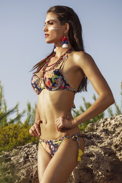 Bikini con reggiseno pushup in fantasia floreale con nappine in contrasto Sweet Years.