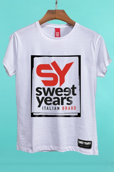 T-shirt Sweet Years da donna in cotone con grande stampa multicolor del nuovo logo Sweet Years street style.