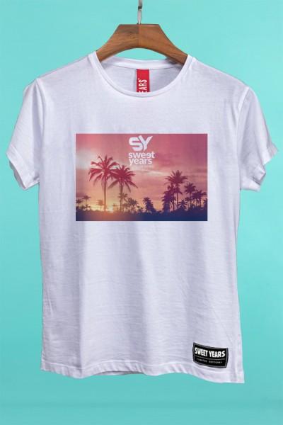 T-shirt Sweet Years da donna in cotone con grande stampa multicolor di un tramonto rosa.