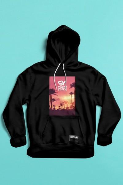 felpa con cappuccio Sweet Years da donna con grande stampa multicolor di un tramonto in rosa con palme sullo sfondo