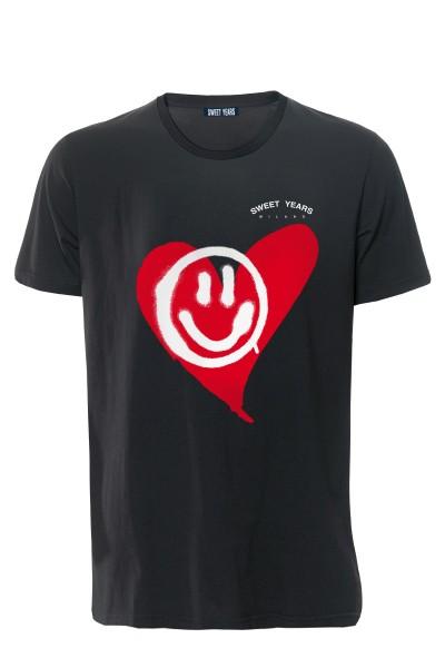 T-shirt in cotone nero Sweet Years con grande stampa con cuore e smile sul davanti.