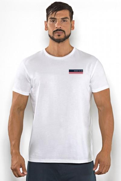 Acquista subito questa t-shirt Sweet Years da uomo in cotone girocollo tinta unita con stampa multicolor sul petto.