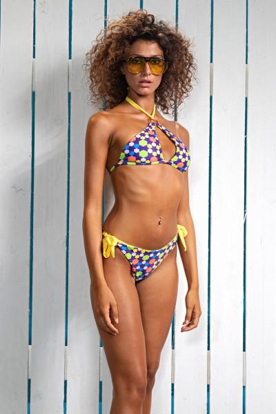 Acquista il bikini con reggiseno a triangolo modello vela Sweet Years in fantasia multicolor della collezione estate 2021.