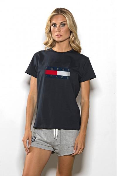 T-shirt girocollo donna in cotone tinta unita con stampa Sweet Years