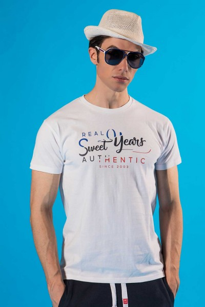 T-shirt uomo in cotone con grande stampa multicolor centrale Sweet Years.