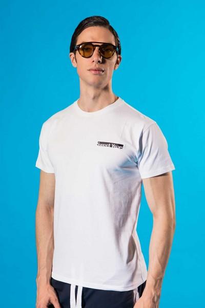 T-shirt uomo in cotone tinta unita con piccola stampa laterale Sweet Years.