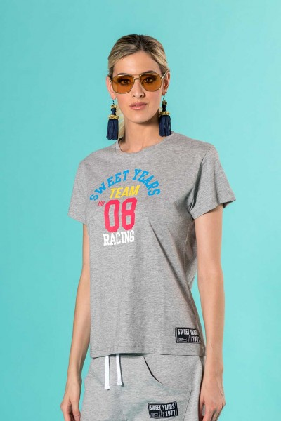 T-shirt donna in cotone con grande stampa multicolor centrale Sweet Years.