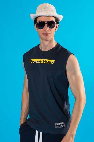 T-shirt smanicata in cotone da uomo con stampa in contrasto Sweet Years.